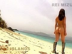 Horny Japanese model Rei Mizuna in Exotic Teens, Beach JAV clip